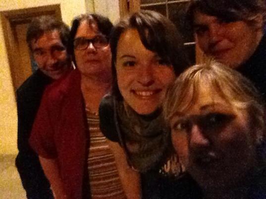 Am Thüringentag in Sondershausen sorgt nicht nur Jan mit seiner Band für musikalische Unterhaltung, sondern auch Silly. Das Autorenteam nutzt die Gelegenheit zu einem gemeinsamen Treffen.