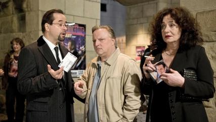 """Im Anschluss an die hitzige Debatte zum Tatort """"Summ, Summ, Summ"""" veranstalten wir unseren ersten Fan-Chat. Die Runde ist zwar noch klein, die Diskussion aber sehr rege."""