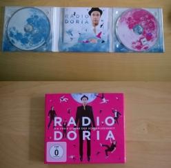 11.September: Amazon liefert (einen Tag zu früh) Radio Doria - die freie Stimme der Schlaflosigkeit aus (Rezension und Lyrics: https://janjosefliefers-fanseite.com/2014/09/29/radio-doria-die-freie-stimme-der-schlaflosigkeit/)
