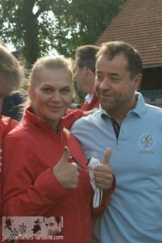 Am 4. September wurde in Münster beim Krimi Cup der Golfschläger für den guten Zweck geschwungen. Und wie man sieht, hatten alle sehr viel Spaß dabei :D