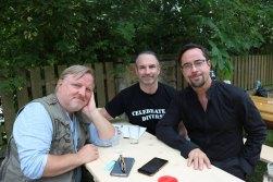 http://www.goldenekamera.de/tv/article211460971/Bildergalerie-zum-Tatort-Gott-ist-auch-nur-ein-Mensch.html