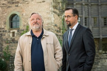 Foto: WDR/Thomas Kost | Quelle: https://www.goldenekamera.de/tv/article230189476/50-Jahre-Tatort-So-spannend-wird-die-neue-Jubilaeums-Saison.html?fbclid=IwAR3uybK-dUowDxoIp9UK8mHm-hf7_GDxoNjACrPeDNMSxSC-3k53L0DmXxU