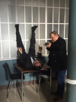 """13.11. - Drehstart für """"Dann steht der Mörder vor der Tür"""" - und Jan und Axel sind gleich schon wieder zu einer Menge Unsinn aufgelegt. Foto: Oleg Tikhomirow"""
