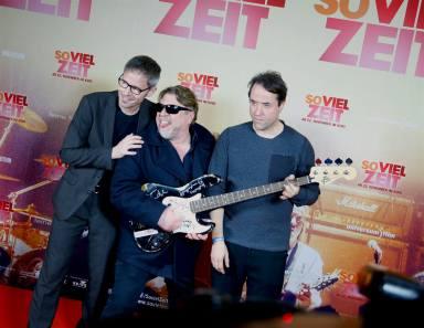 """""""So viel Zeit""""-Premiere in Berlin. Foto: Medenboard Berlin Brandenburg auf Facebook"""